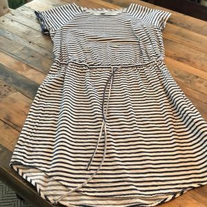 Old Navy striped dress. Good condition!